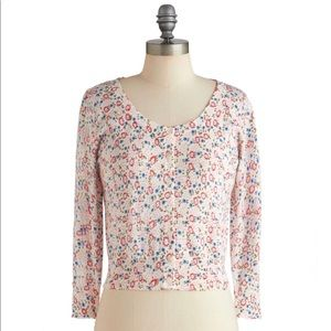 NWOT Angie Cropped Floral Cardigan